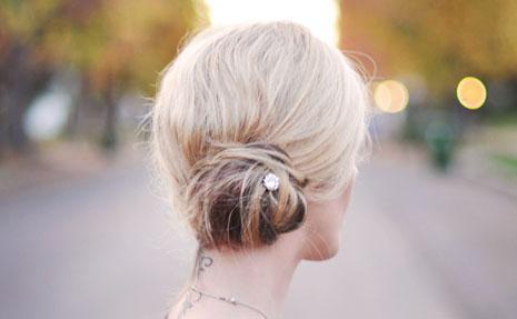 Wygodne fryzury na upały